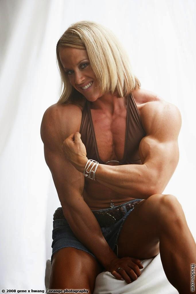 Female Bodybuilder Amanda Folstad-Ptak