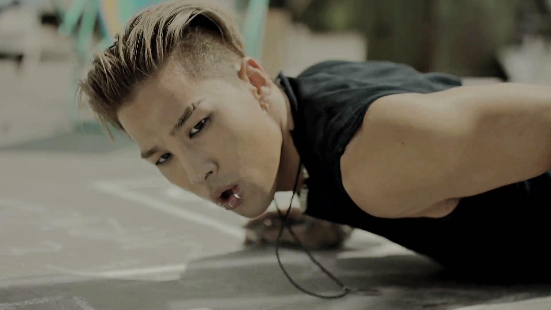 Bigbang's Taeyang in Loser MV