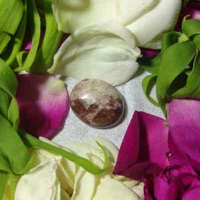 Batu Bertuah, Benda Pusaka, Mustika Asli, Mustika  Dewi Kunti