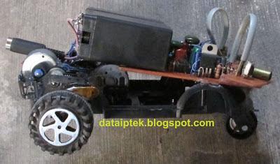 Sensor Infra merah Robot sederhana