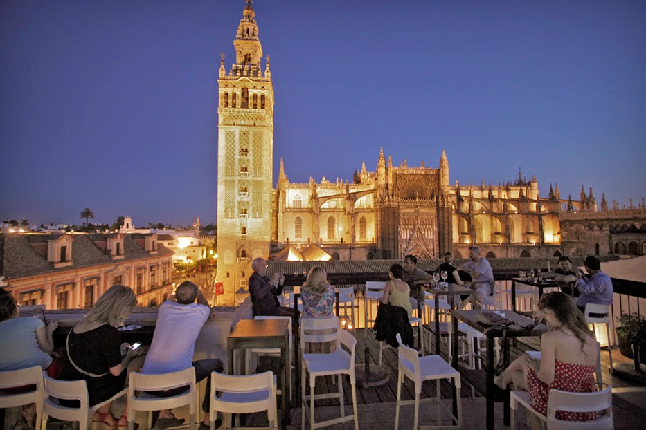 Lugares con encanto en sevilla eme catedral hotel - Terraza hotel eme ...