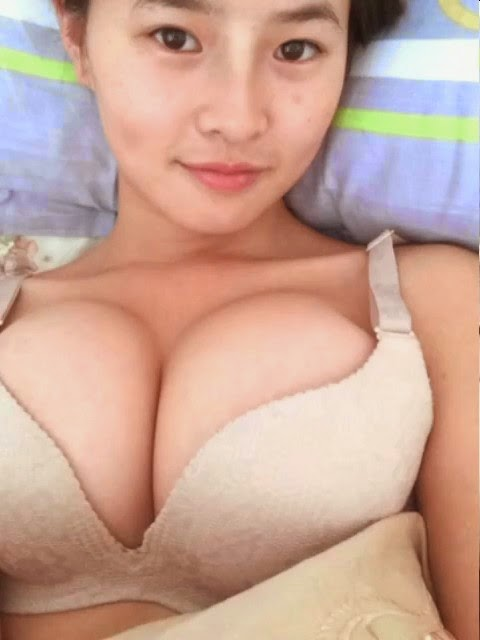 Chinese big boobs hot dance and masturbation nude clip exposed