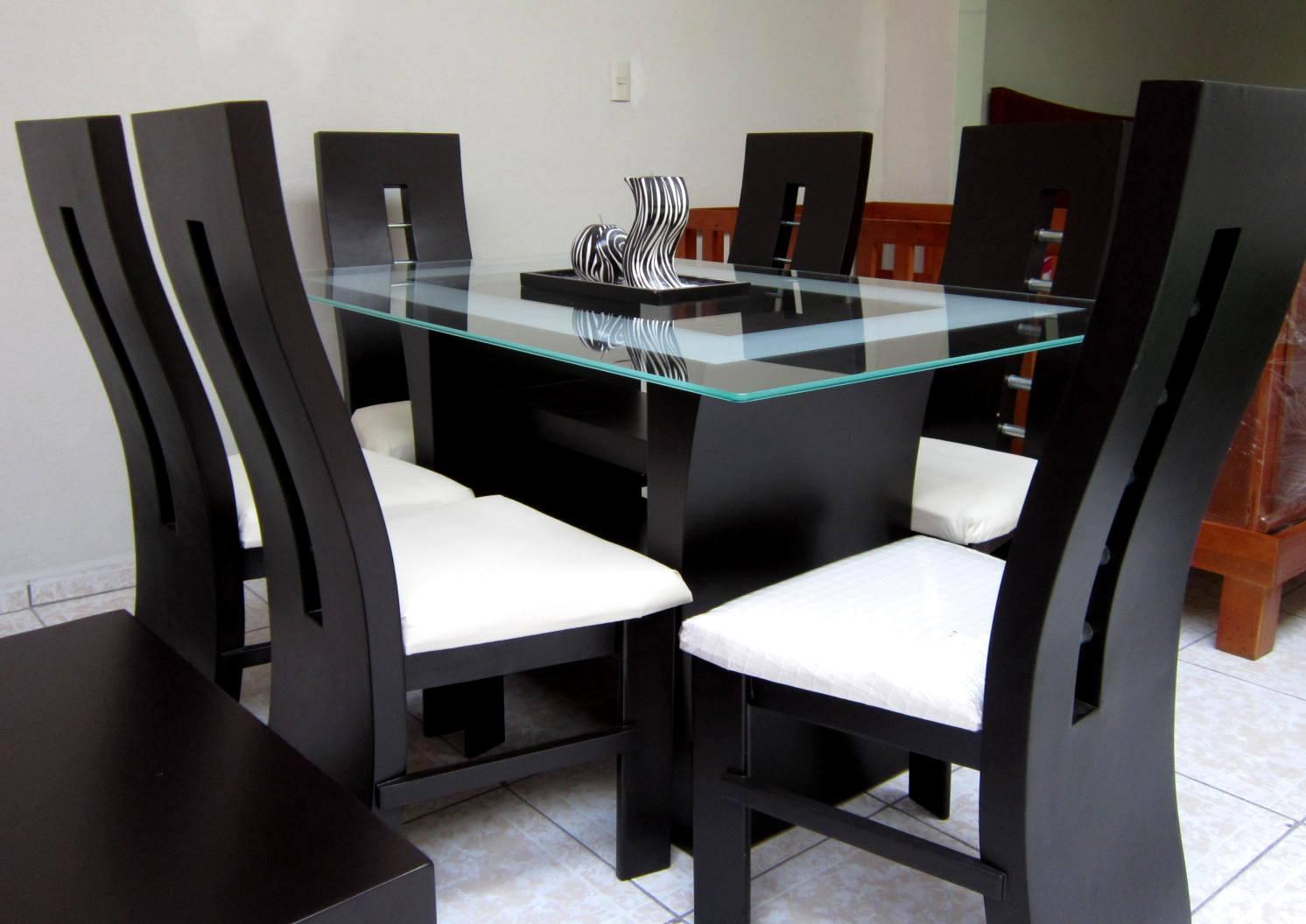 Muebles alvac for Comedores de madera y cristal