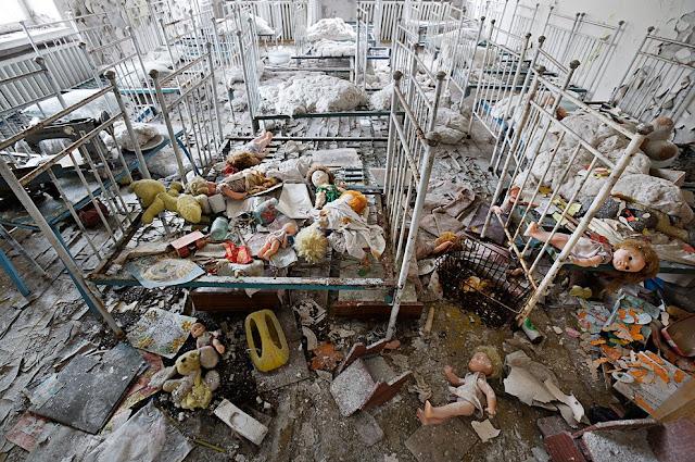 Chernobyl hoje: tudo teve que ser abandonado de urgência e ficou como estava.