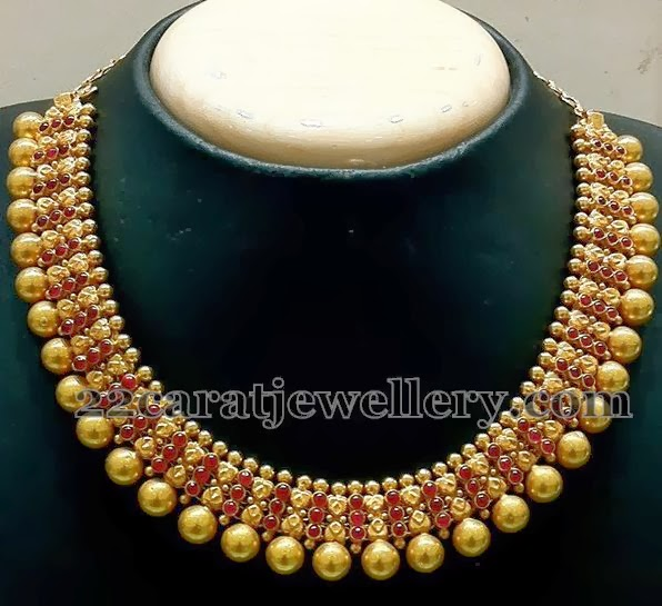Old Classic Gold Choker Jewellery Designs