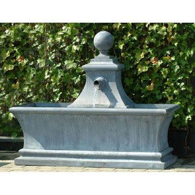 Fontaine de jardin bassin plomb fontaine de jardin for Fontaine de jardin zinc