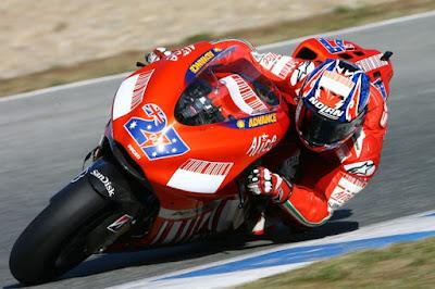 Karena Stoner, Iannone Tidak Ingin Tinggalkan Ducati