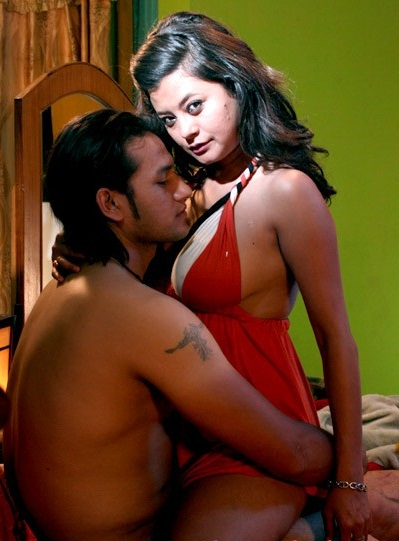 Model Sushma Karki Hot Sey Watery Sof Movie Bindass In This
