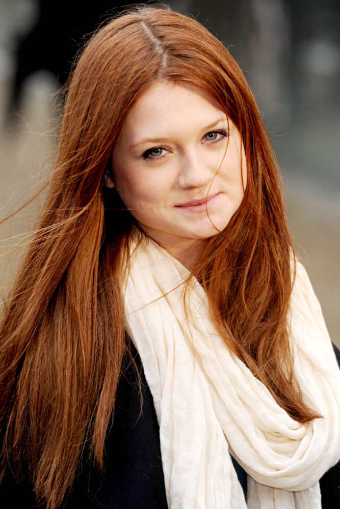 Bonnie Wright - Images Gallery