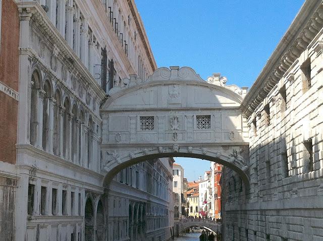 ponte_sospiri_venezia_inferno_dan_brown_langdon