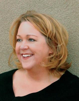 Designer Spotlight: Suzie Kostick AIFD, PFCI, CFD. MCF