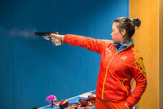 Yuan Jing (CHI) - Pistola 25m - Copa do Mundo ISSF de Carabina e Pistola 2013 - Tiro Esportivo