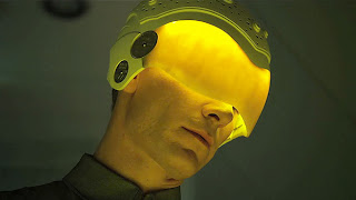 Robot David wears helmet with yellow visor in Prometheus movie