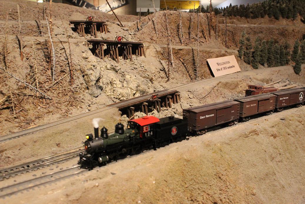 Evergreen Railroad Club Wenatchee Museum Layout Train