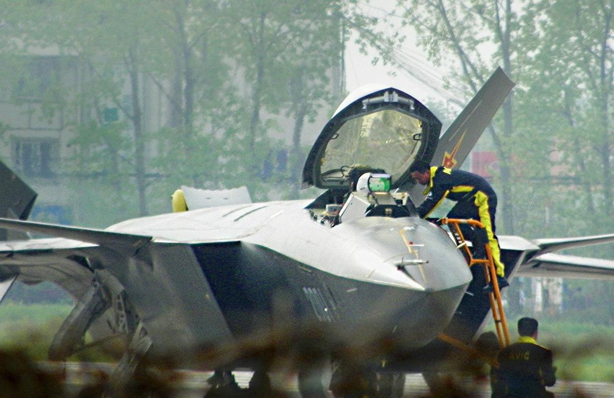 المقاتلة الصينية J-20 Mighty Dragon المولود غير الشرعي Heads-up%2Bdisplay%2BHUD%2BJ-20%2BMighty%2BDragon%2B%2BChengdu%2BJ-20%2Bfifth%2Bgeneration%2Bstealth,%2Btwin-engine%2Bfighter%2Baircraft%2Bprototype%2BPeople's%2BLiberation%2BArmy%2BAir%2BForce%2B%2BOPERATIONAL%2Bweapons%2Baam%2Bbvr%2Bmissile%2Bls%2Bpgm%2Bgps