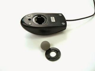 Pengertian Mouse Komputer (Mouse Mekanik)