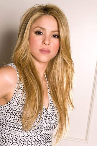 Collection: SHAKIRA : BIOGRAPHY Shakira