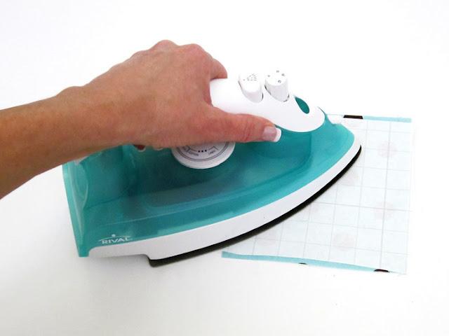 Impermeabilizando tecido com papel contact 02