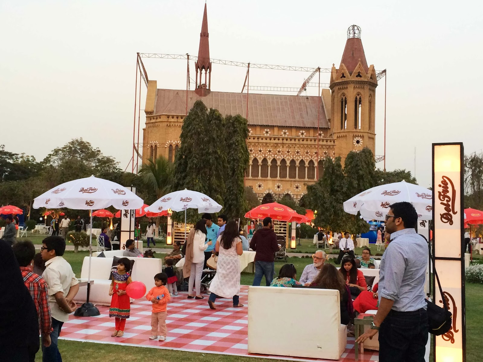 Karachi Eat Food Festival at Frere Hall