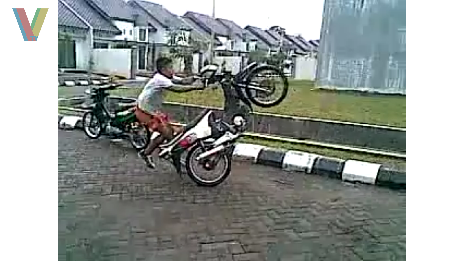 Scooter Wheelie Fail