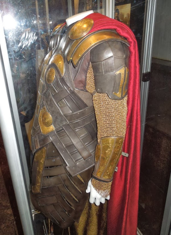 Odin costume detail Thor Dark World