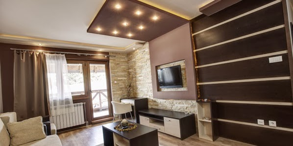 conseils pour cr er un salon bien clair d coration salon d cor de salon. Black Bedroom Furniture Sets. Home Design Ideas