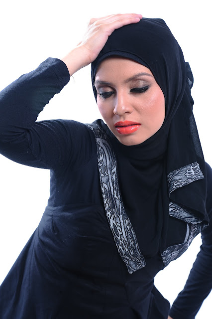 Adibah Karimah in black photoshoot by photographer Hafiz Atan