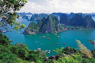 Top 10 bays in Vietnam cannot be missed