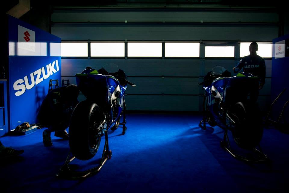 MotoGP - Saison 2013 - - Page 39 Suzuki+MOTOGP+2013+08