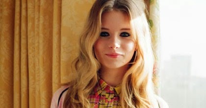 Tiny sparkly things kate s sister lottie moss makes her Tiny girl teen