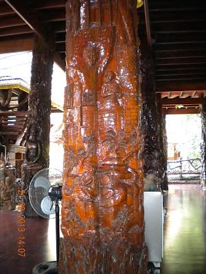 Wat Sangkhathan Nonthaburi วัดสังฆทาน นนทบุรี wood carvings George W. Bush