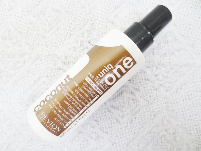 Revlon UNIQ ONE 10-in-1 COCONUT Fragrance Hair treatment