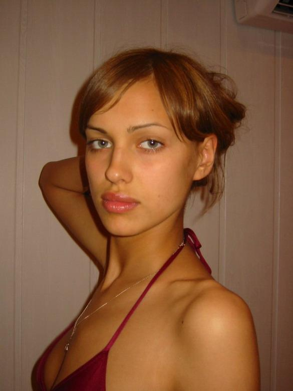 Irina Shayk Without Makeup Orignal Beauty Pictures/Photos 2013