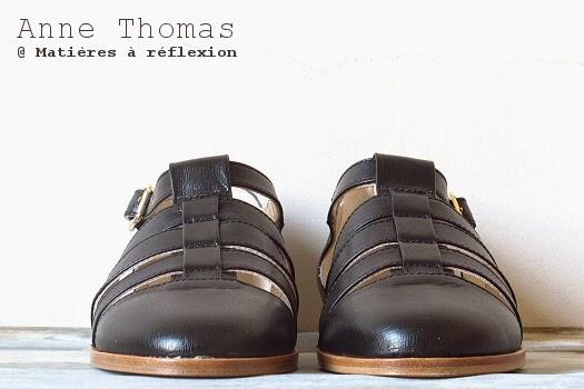 Anne Thomas chaussures d'été cuir noires méduses ouvertes