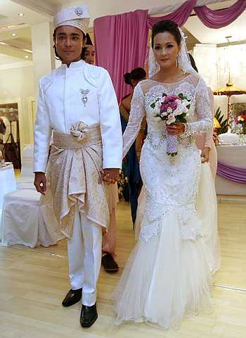 BUTIK PENGANTIN D'NAAZ PUCHONG(Graduated from Nora Bridal Creation