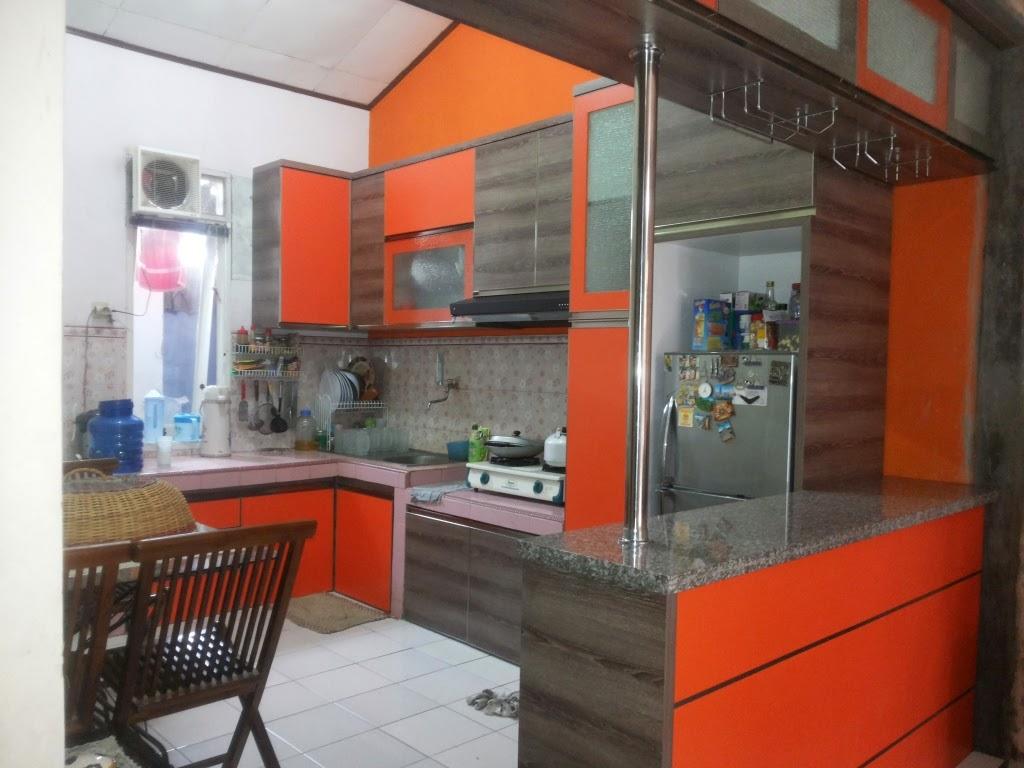 Design Interior palembang Kitchen Set Mini Bar