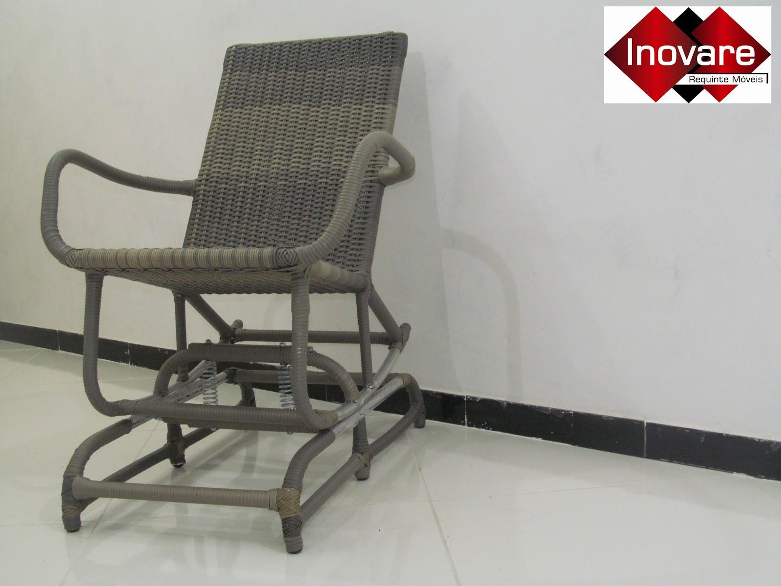 #BD080F Inovare Requinte Móveis : Cadeira de Balanço em Fibra Sintética 1600x1200 px cadeira de balanço para varanda @ bernauer.info Móveis Antigos Novos E Usados Online