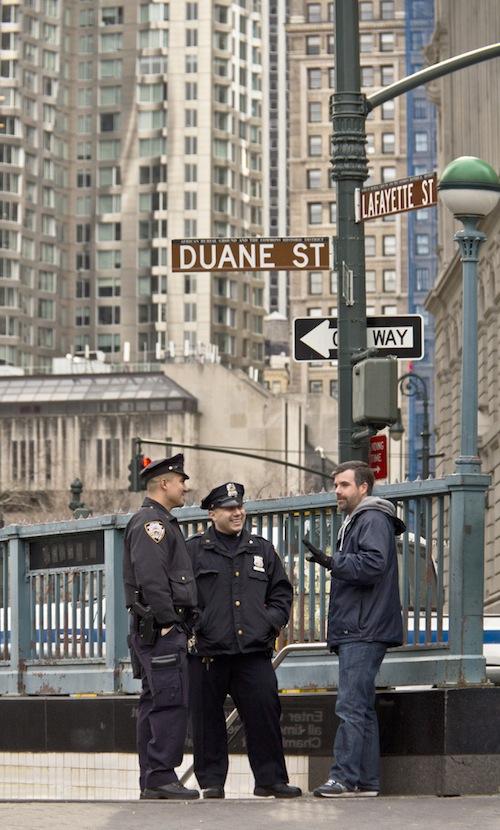 pertemuan dan sepuluh jalur kereta bawah tanah lihat foto selengkapnya