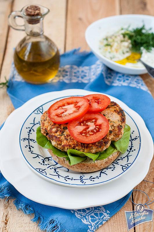 Zdrowe burgery z kurczaka