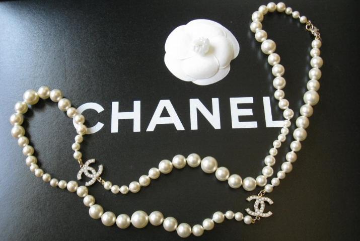 ChanelPearlNecklacejpg