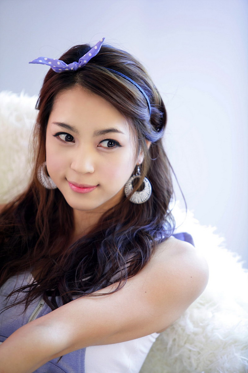 Cute Asian Girl: Hwang In Ji in Purple Mini Dress