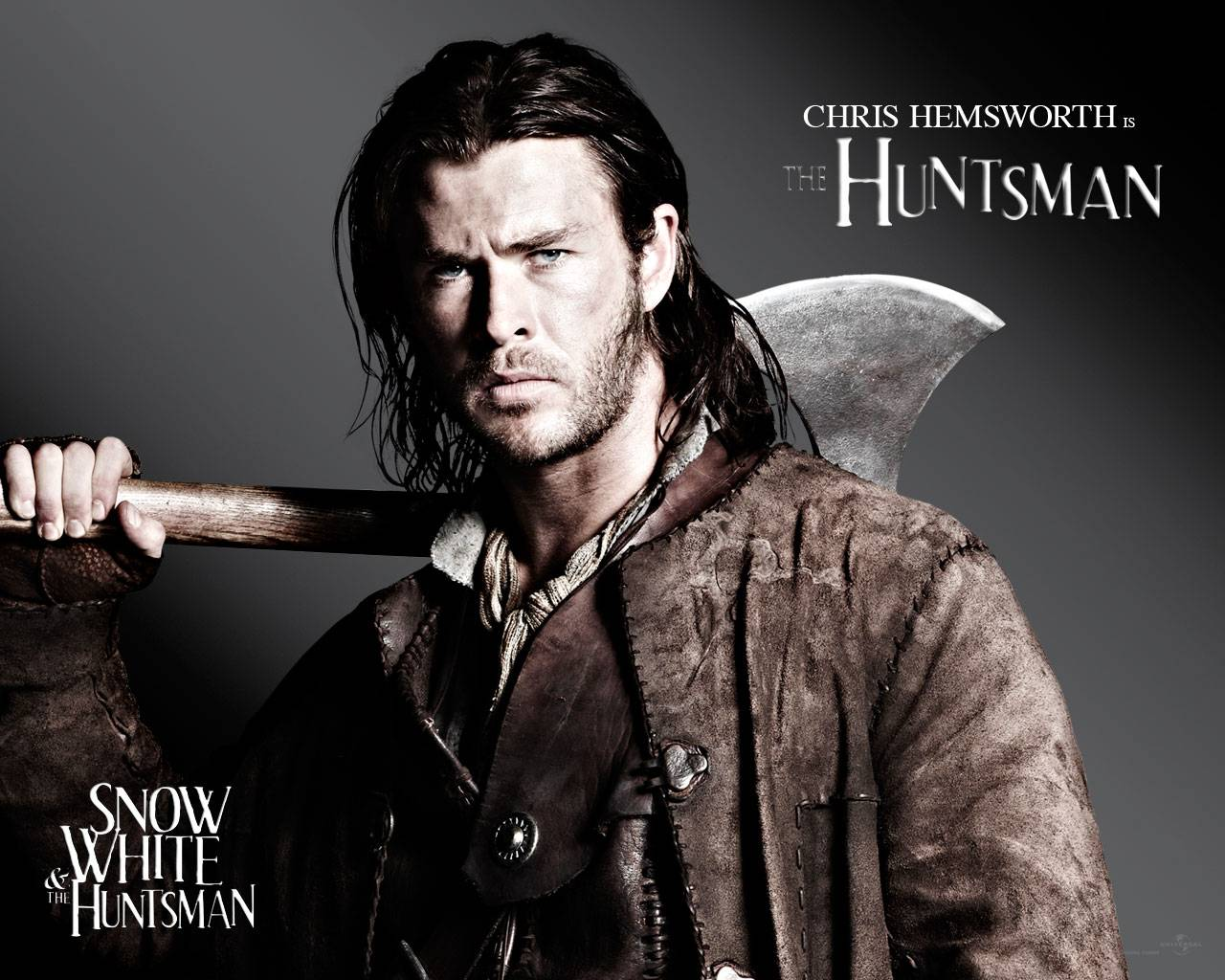 http://2.bp.blogspot.com/-MKJ-x7EMQPU/T_XNOums7KI/AAAAAAAAApA/Or2Y_NtZrik/s1600/Snow-White-And-The-Huntsman-2012-Film-Wallpaper-474810.jpg