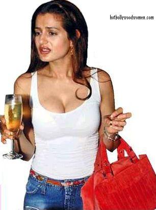 http://2.bp.blogspot.com/-MKNOmK8Badc/TlQSRV7KdVI/AAAAAAAABkw/e17LD0sLwl4/s1600/Amisha+Patel+breasts+sexy.jpg