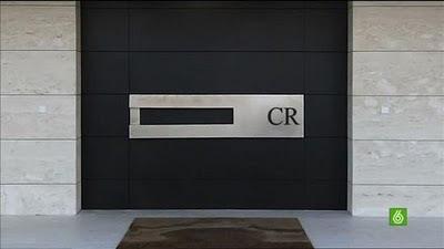 Christiano Ronaldo (CR7) Residence: Gate