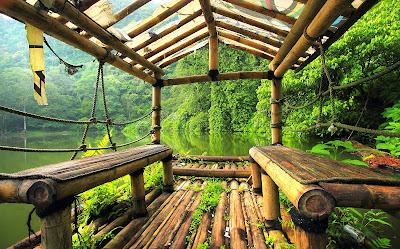 View Telaga Warna dari takit tua