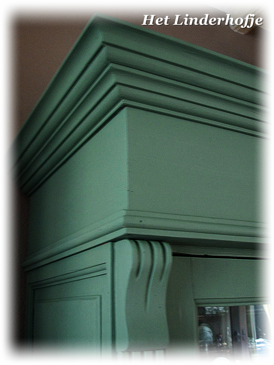 Landelijke Keuken Groen : Linderhofje-woonaccessoires: Landelijke, brocante vitrine/servies kast