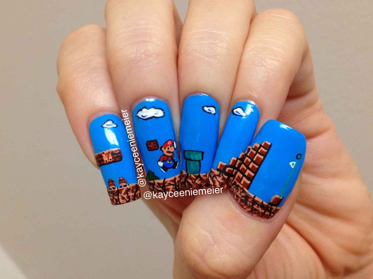 Retro kimmer 39 s blog really cool nail art from the web Cool nail design ideas at home