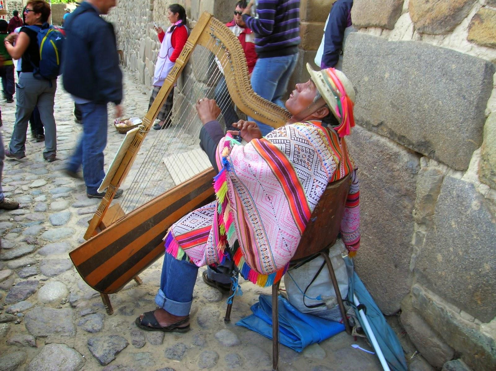 Indio quechua, Ollantaytambo, Perú, La vuelta al mundo de Asun y Ricardo, round the world, mundoporlibre.com