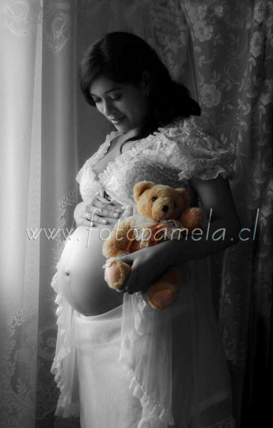 embarazada blanco y negro foto estudio en chile
