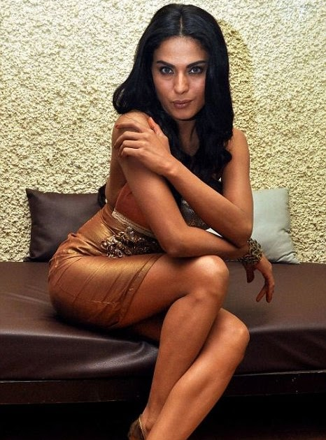 Veena Malik in Dirty Picture remake - Rediff.com Movies